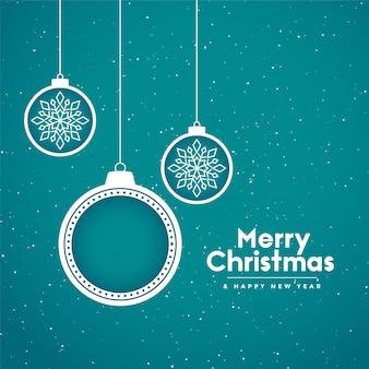 Fundo de férias feliz natal com bolas decorativas