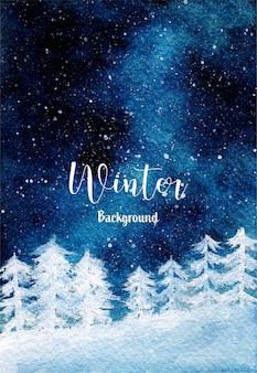 Fundo de inverno com floresta de pinheiros nevando e noite estrelada