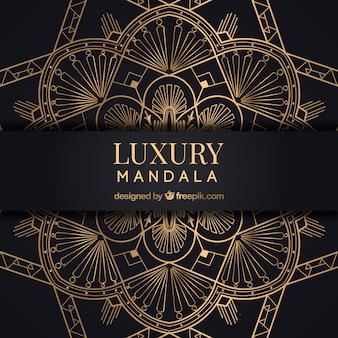 Fundo de mandala dourada com estilo luxuoso