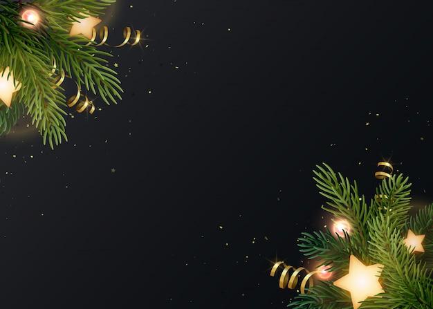 Fundo de natal com galhos de pinheiro, estrelas brilhantes, serpentinas de ouro e lâmpadas luminosas. pano de fundo cinzento escuro com copyspace.
