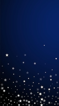 Fundo de natal de estrelas cadentes aleatórias. flocos de neve voando sutis e estrelas sobre fundo azul escuro. modelo de sobreposição de floco de neve de prata atraente inverno. ilustração vertical ideal.
