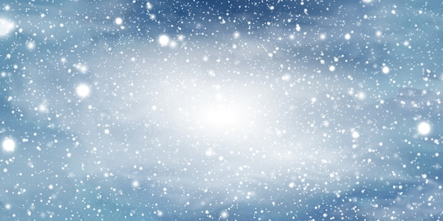 Fundo de natal de inverno natural com céu azul, forte queda de neve, floco de neve, formulários, nevascas. paisagem do inverno com queda de natal brilhante neve linda.