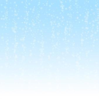 Fundo de natal de neve linda e brilhante. flocos de neve voando sutis e estrelas no fundo do céu de inverno. modelo de sobreposição de floco de neve prata incrível inverno. ilustração em vetor chique.