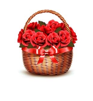 Fundo do feriado com a cesta cheia de rosas vermelhas.