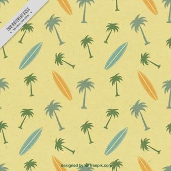 Fundo do vintage bonito do surf com pranchas de surf e palmeiras