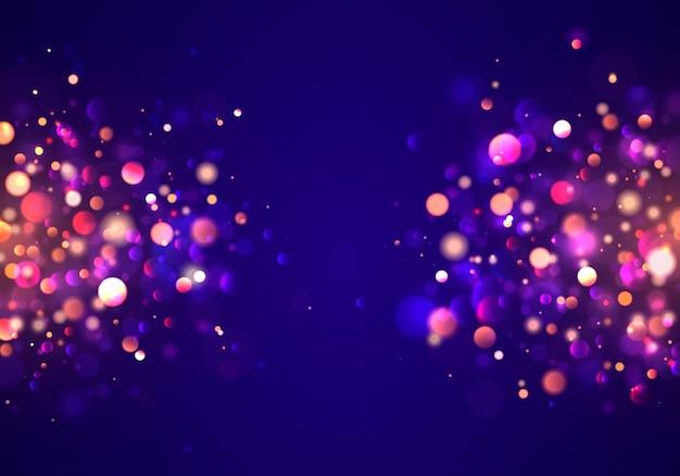 Fundo luminoso festivo roxo e dourado com bokeh de luzes coloridas douradas.