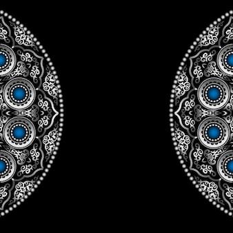 Fundo preto com prata padrão de ornamento redondo com pedras preciosas azuis