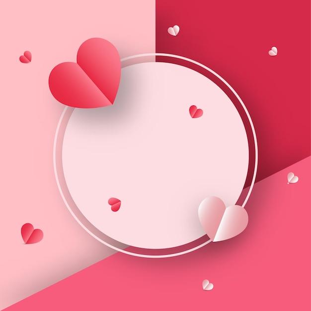 Fundo rosa e vermelho decorado com corações de papel