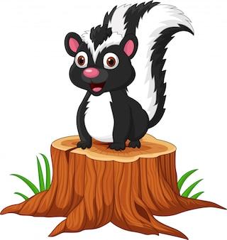 Gambá de bebê dos desenhos animados, sentado no tronco de árvore