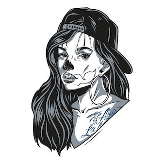 Garota chicana usando boné de beisebol e brincos redondos com tatuagens e maquiagem de cara de gato em estilo vintage monocromático ilustração vetorial
