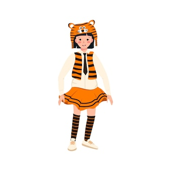 Garota com fantasia de carnaval e chapéu de tigre roupas festivas para teatro ano novo natal e férias c ...