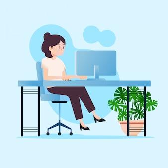 Garota está trabalhando no computador