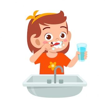 Garota garoto feliz feliz escova dentes limpos
