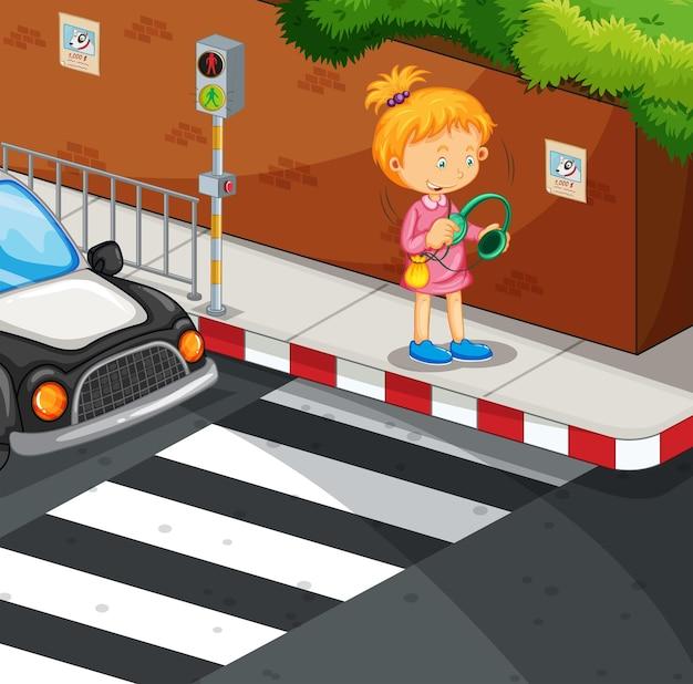 Garota ouvindo música na calçada