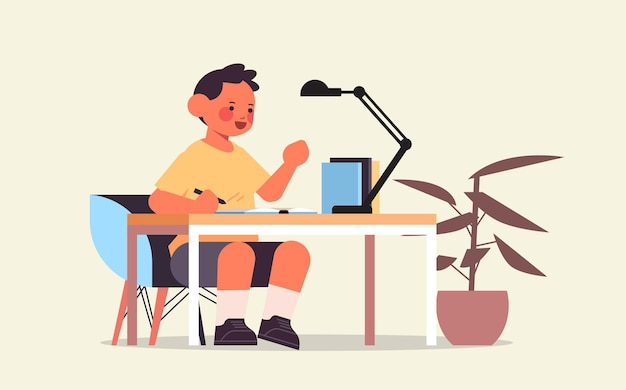 Garotinho, estudando e fazendo lição de casa escolar, conceito de infância, ilustração vetorial horizontal de comprimento total