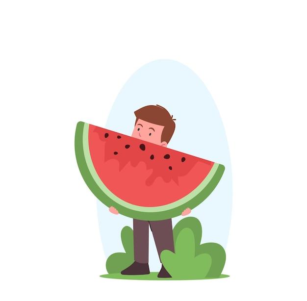 Garotinho segurando um pedaço de melancia, personagem infantil comendo frutas de verão, nutrição saudável, bebê curtindo lanche