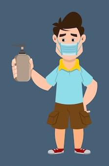Garoto bonito usar máscara facial e mostrar garrafa desinfetante para as mãos