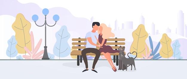 Garoto e garota apaixonados em um parque da cidade com coronovírus