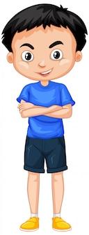 Garoto feliz em pé de camisa azul em branco