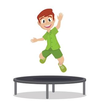Garoto feliz pulando no trampolim.