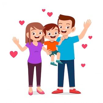 Garoto garoto bonito feliz com a mãe e o pai