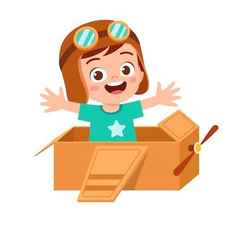 Garoto garoto feliz jogar ilustração de papelão de avião de brinquedo