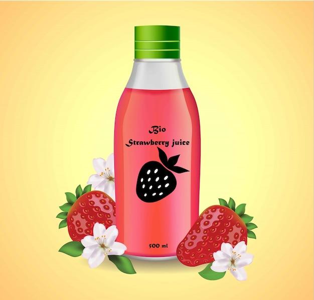 Garrafa de plástico de suco de morango. etiqueta da embalagem do produto