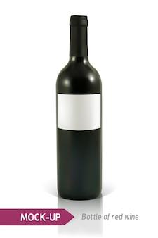 Garrafa realista de vinho tinto em um fundo branco