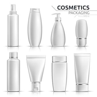 Garrafas cosméticas realistas maquete acima no fundo branco