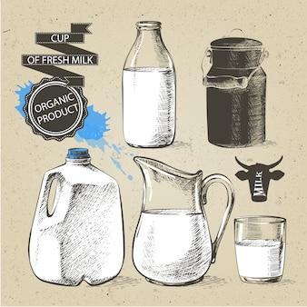 Garrafas e frascos galão com produtos lácteos frescos podem recipiente para leite isolado no fundo branco