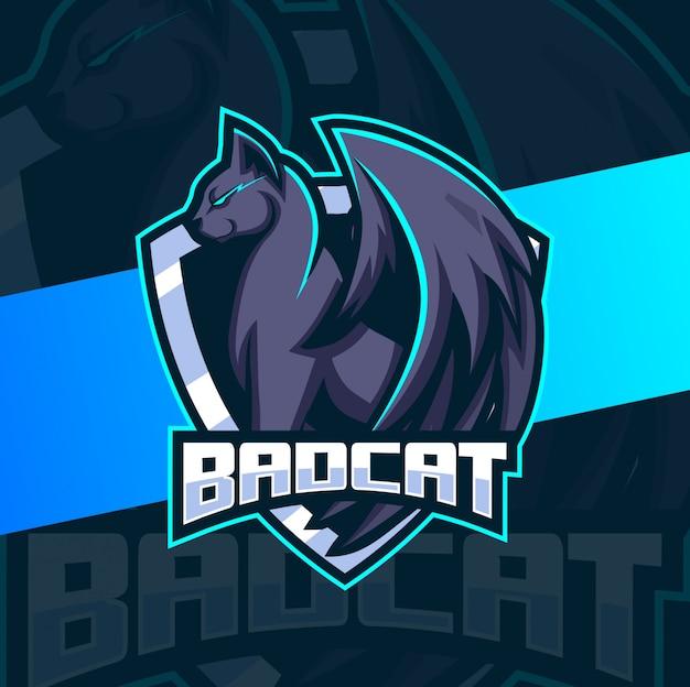 Gato preto ruim com asas mascote esport design de logotipo
