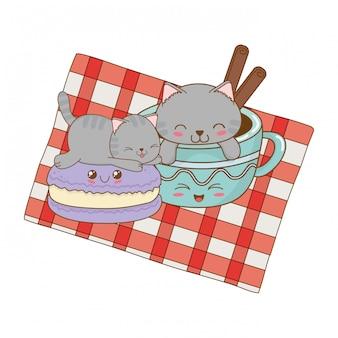 Gatos pequenos bonitos com personagens kawaii de cookies