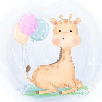 Girafa bebê fofo no jardim