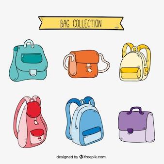 Grande colecção de diferentes tipos de mochilas