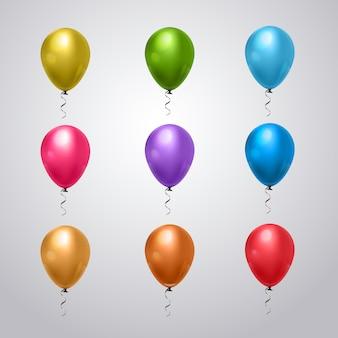 Grande conjunto de balões coloridos com fita