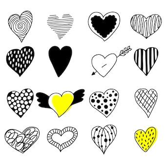 Grande conjunto de corações de mão desenhada.