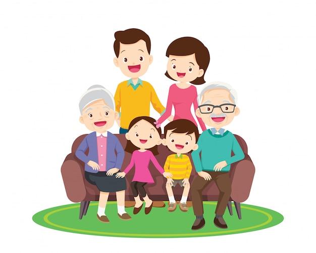 Grande e feliz família sentada no sofá