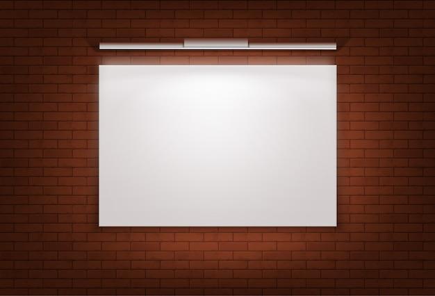 Grande tela em branco montada em uma parede