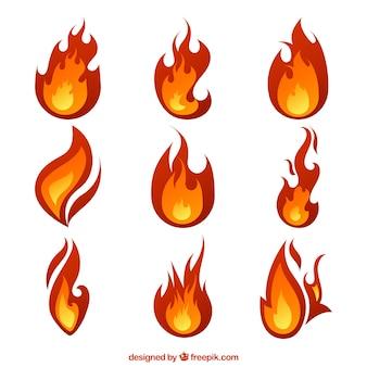 Grandes chamas com desenhos diferentes