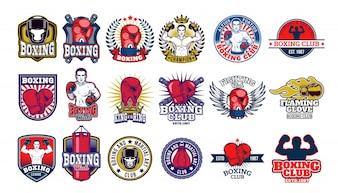Grandes emblemas de boxe, adesivos isolados no branco.
