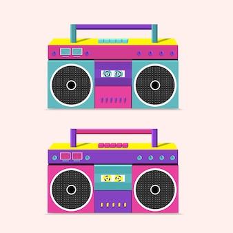 Gravador de cassetes antigo para transmitir música com dois alto-falantes.