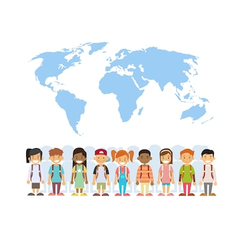 Grupo da raça da mistura das crianças sobre o conceito do international do mapa de mundo