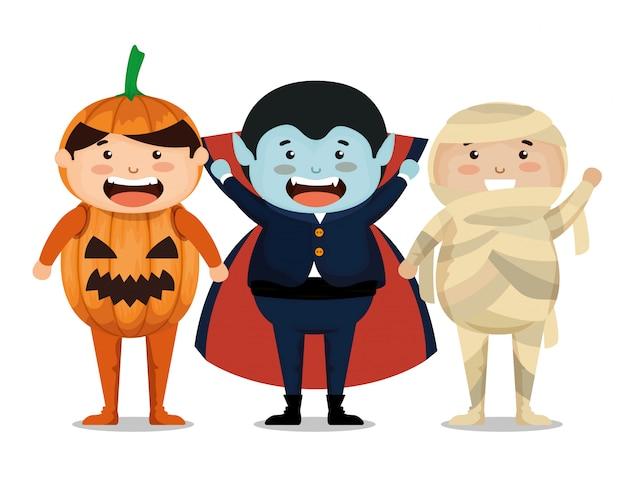Grupo de crianças vestidas no dia das bruxas