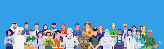 Grupo de diferentes ocupações em pé sobre fundo azul.