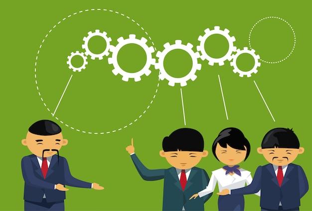Grupo de empresários asiáticos reunião de brainstorming