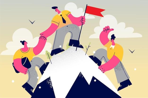 Grupo de empresários escalando montanha com bandeira no pico ajudando uns aos outros