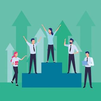 Grupo de empresários, trabalho em equipe em personagens do pódio