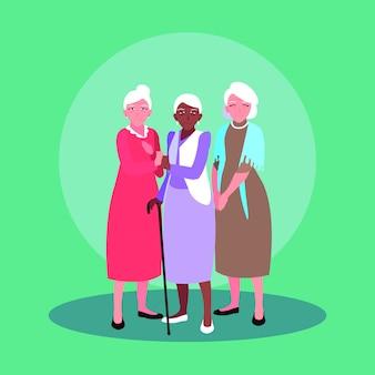 Grupo de personagem de avatar de mulheres velhas