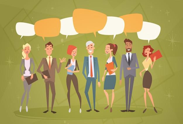 Grupo de pessoas de negócios chat bolha equipe recursos humanos colegas