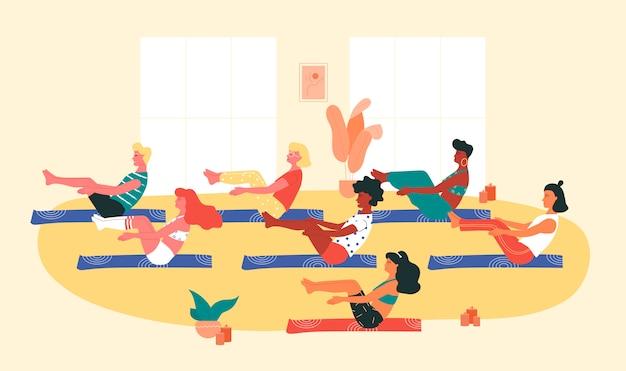 Grupo de pessoas de raça diferente fazendo pose de ioga navasana ou barco durante a sessão de ioga. yoga, alongamento, pilates.